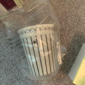 Black and white Scentsy plug-in
